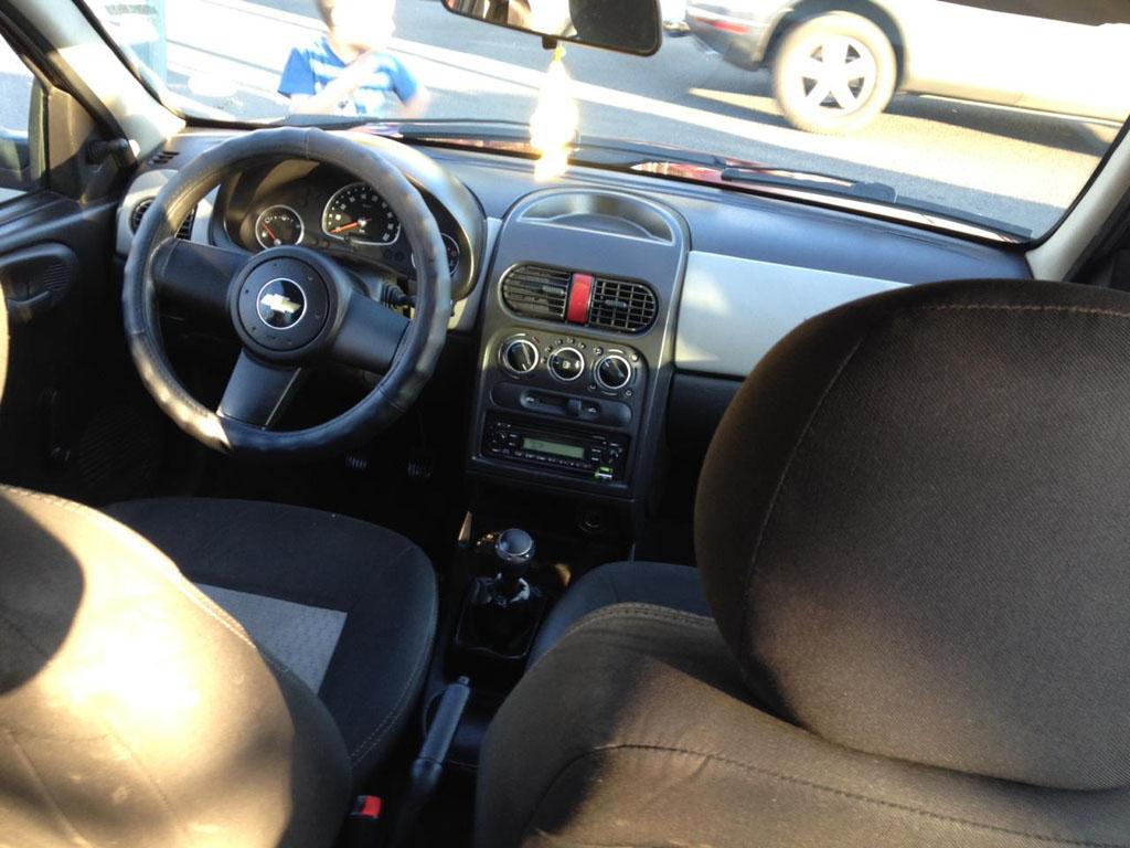 Chevrolet Corsa  año 2010