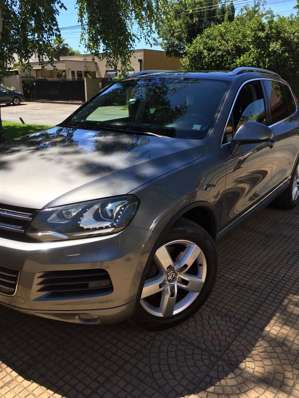 Volkswagen Touareg  año