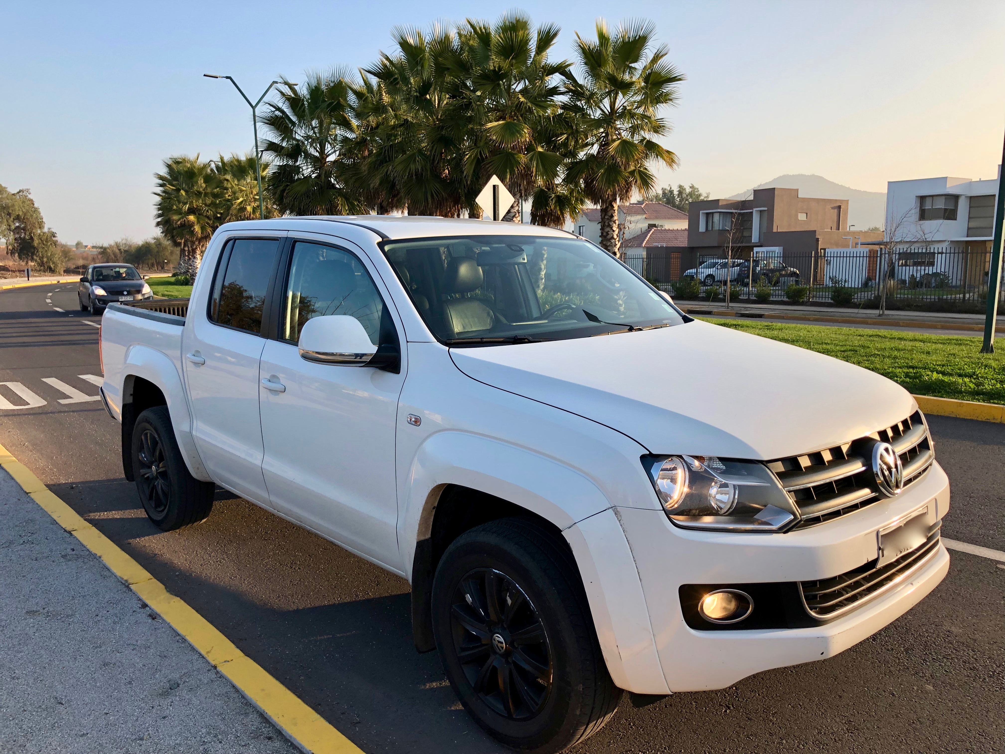 Volkswagen Amarok VW Amarok Highline AT 8 4WD FULL con CUE año 2011