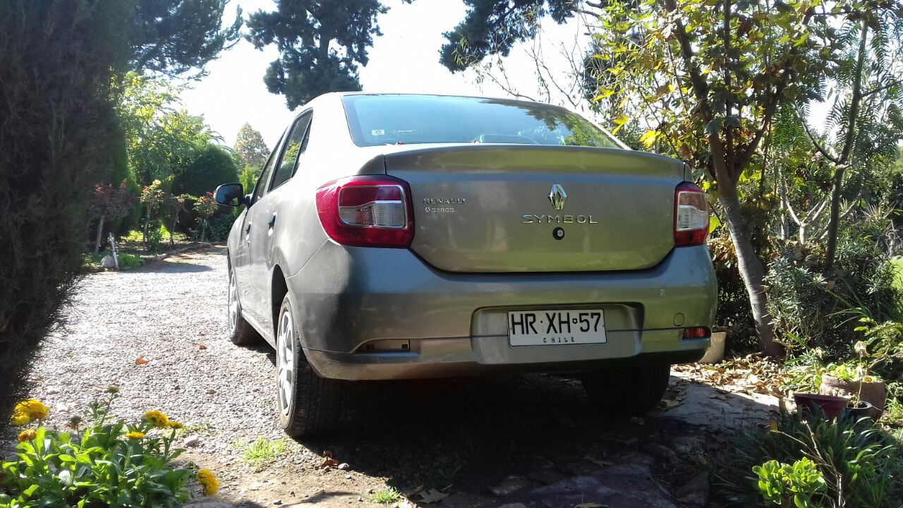 Renault Symbol 1.6 año 2016