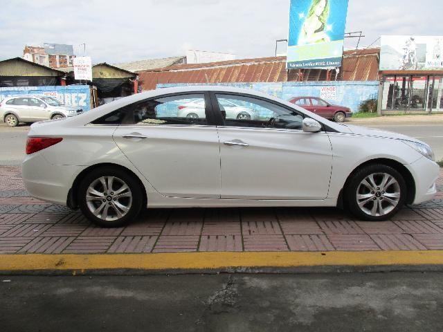 Hyundai Sonata YF GLS 2.0 año 2011